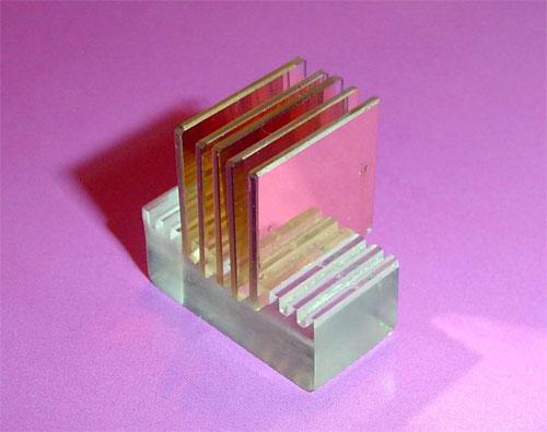 Surface plasmon resonance slide